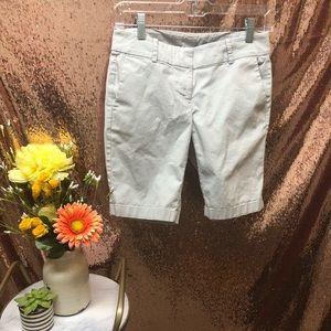 💝Ann Taylor Boardwalk Shorts Light Gray